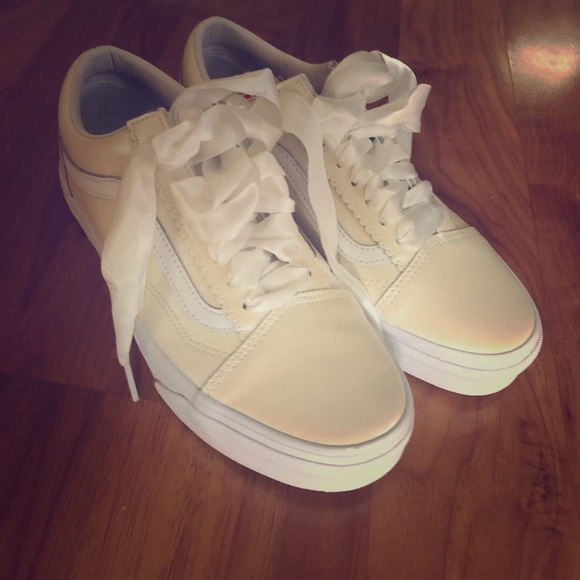 Vans Shoes   Vans Old Skool Pearl Suede